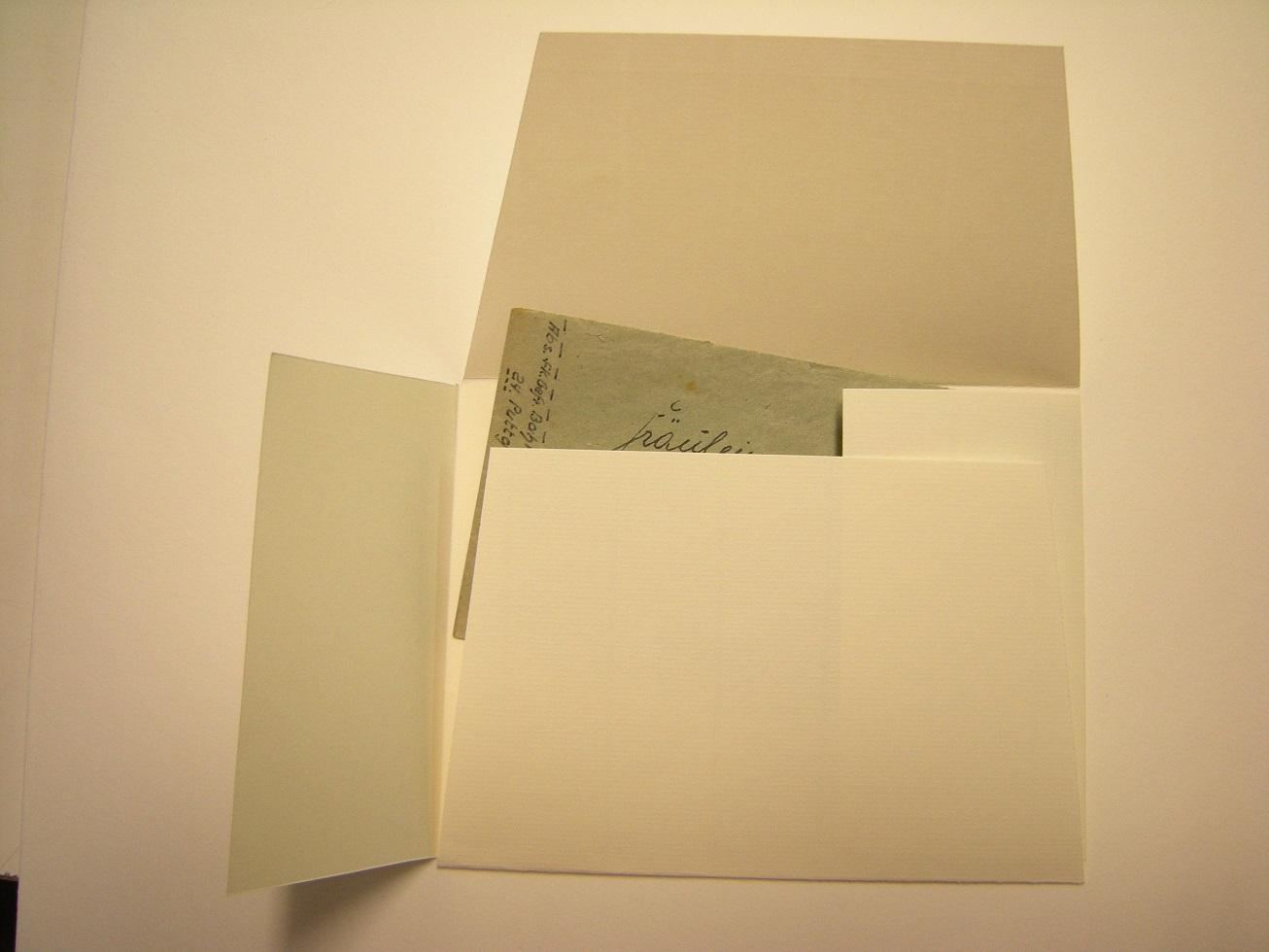 säurefreier Umschlag für alte Briefe