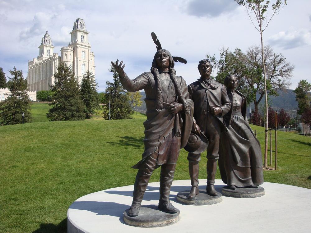"""""""Mormonelles"""". Ein Tempel, ein heroisches Denkmal ..."""