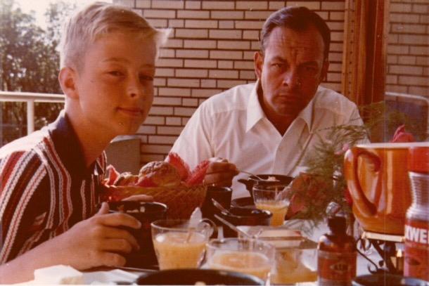 Frühstück auf dem Balkon, Am Seedeich 19/20, mit Hansgeorg Urmetzer