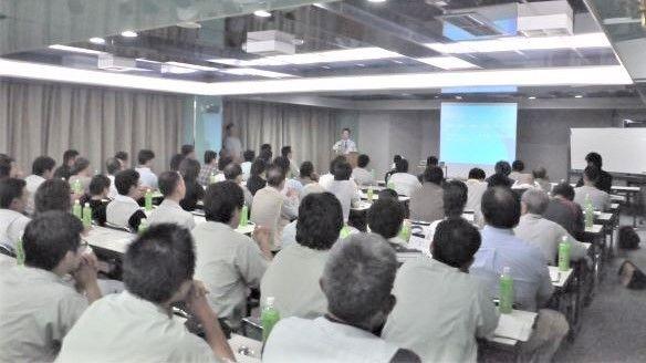 大阪の原状回復工事 石井装飾 安全大会