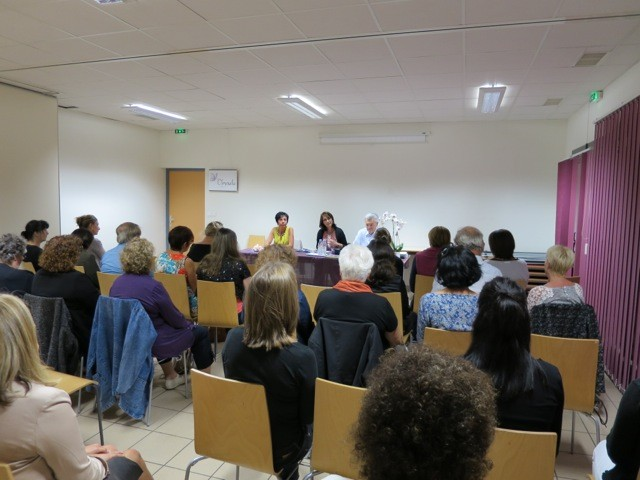 Etienne et Mireille Drapeau lors de la 1ère conférence
