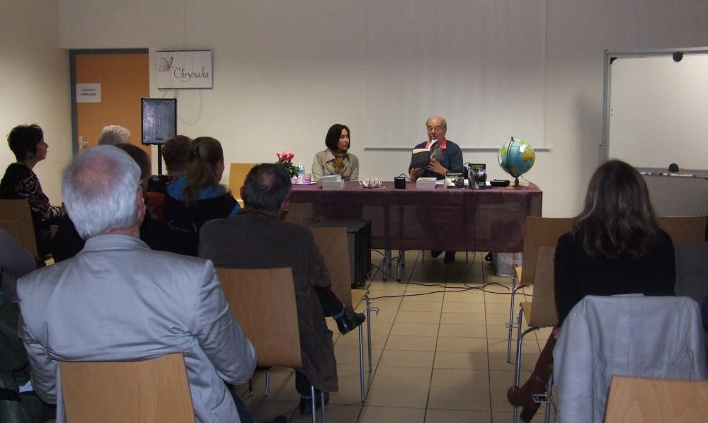 Mei Kuei Lin et Daniel Brot lors de la conférence sur l'ère du Verseau