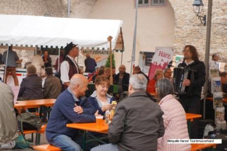 Typisch Harz Markt Harzgerode- Köstlickeiten kosten