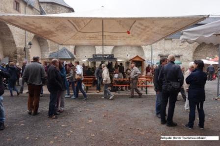 Typisch Harz Markt Harzgerode- erste Besucher