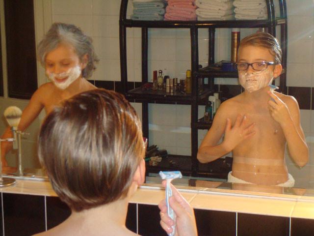 """Ein """"junger Grissemann"""" muss auch gut rasiert sein ..."""