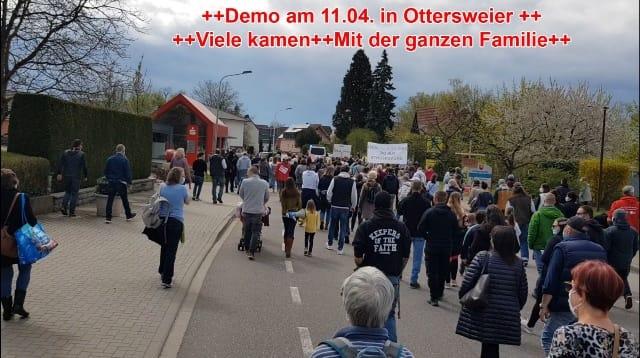 Demo am 11.04. in Ottersweier - Viele kamen - Mit der ganzen Familie