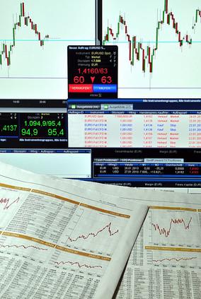 Wiki EMIR European Market Infrastructure Regulation OTC Derivate CCP Central Counter Party zentrale Gegenpartei Europäische Wertpapier- und Marktaufsichtsbehörde ESMA Meldungen Sicherheiten Collateral