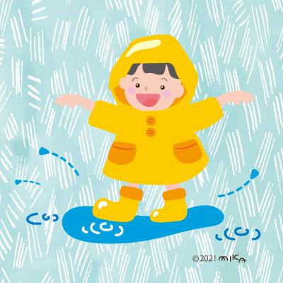 水たまりで遊ぶ子①
