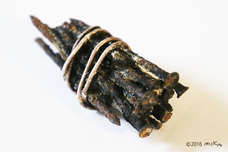 さびた鉄クギ(酸化鉄)