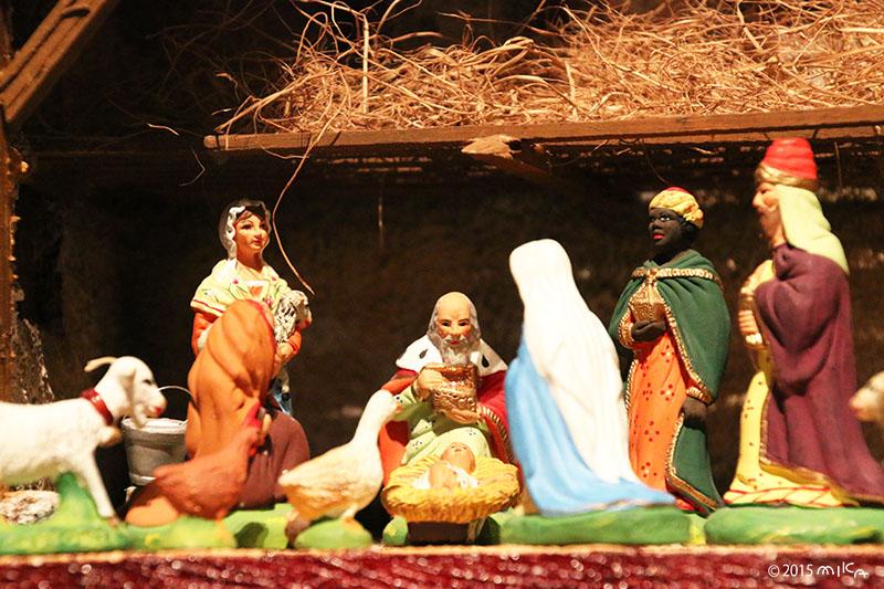 クリスマス人形「キリスト降誕」フランス(国立民族学博物館所蔵)