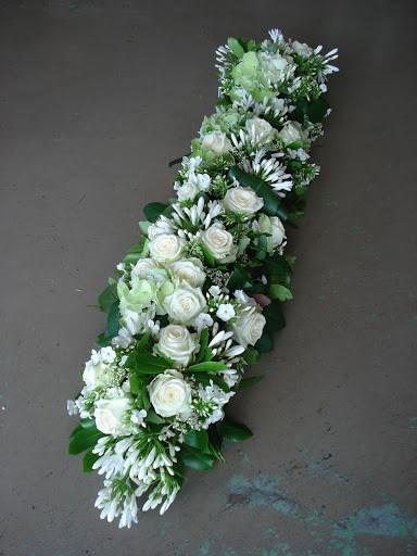 Dessus de cercueil fleurs naturelles à partir de 250€