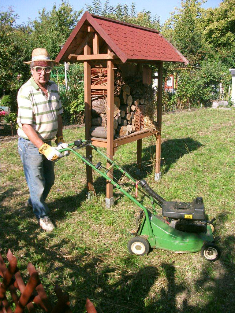 Hans, der Held des Rasenmähers! ;-)