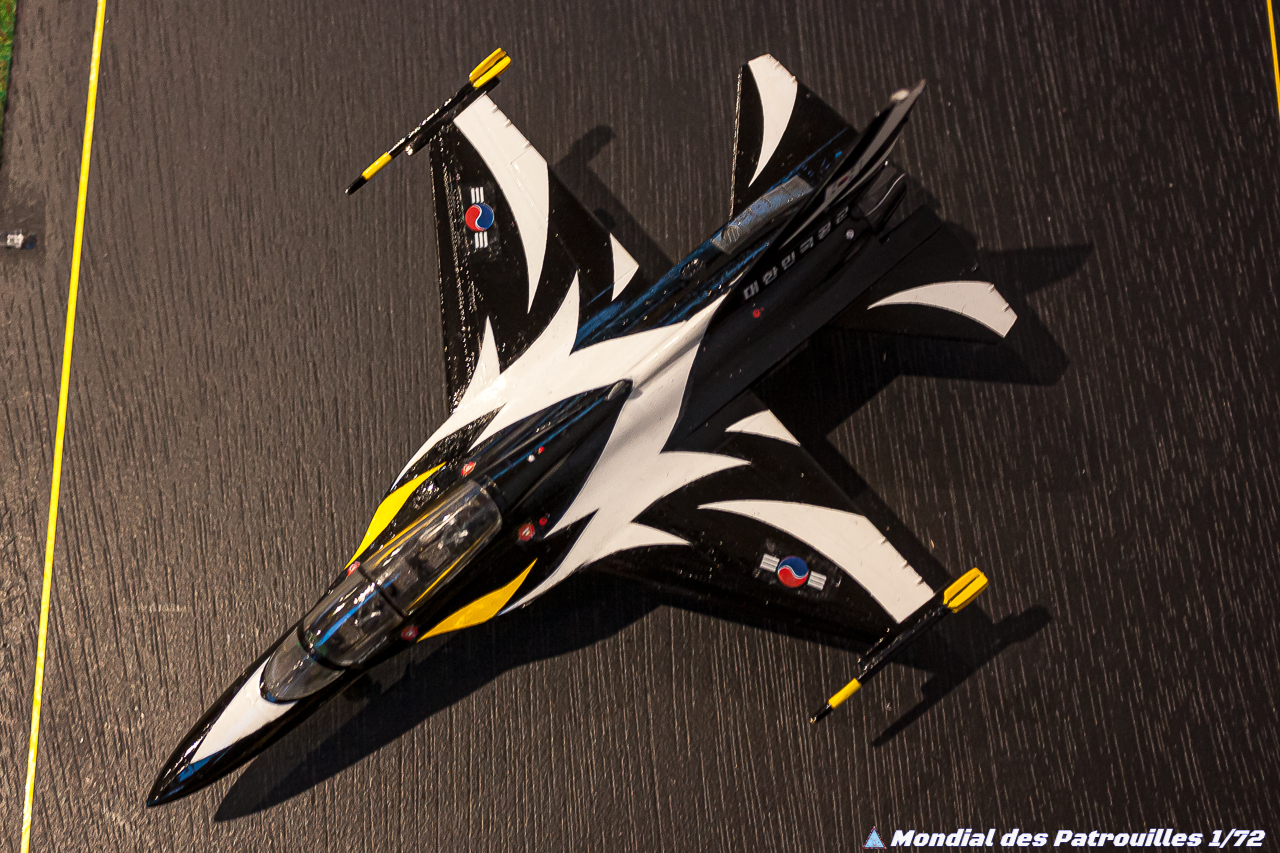 Black Eagles  KAI T-50B Golden Eagle 1/72