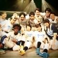 8割世界公演「そこで、ガムを噛めぃ!!2013」にて