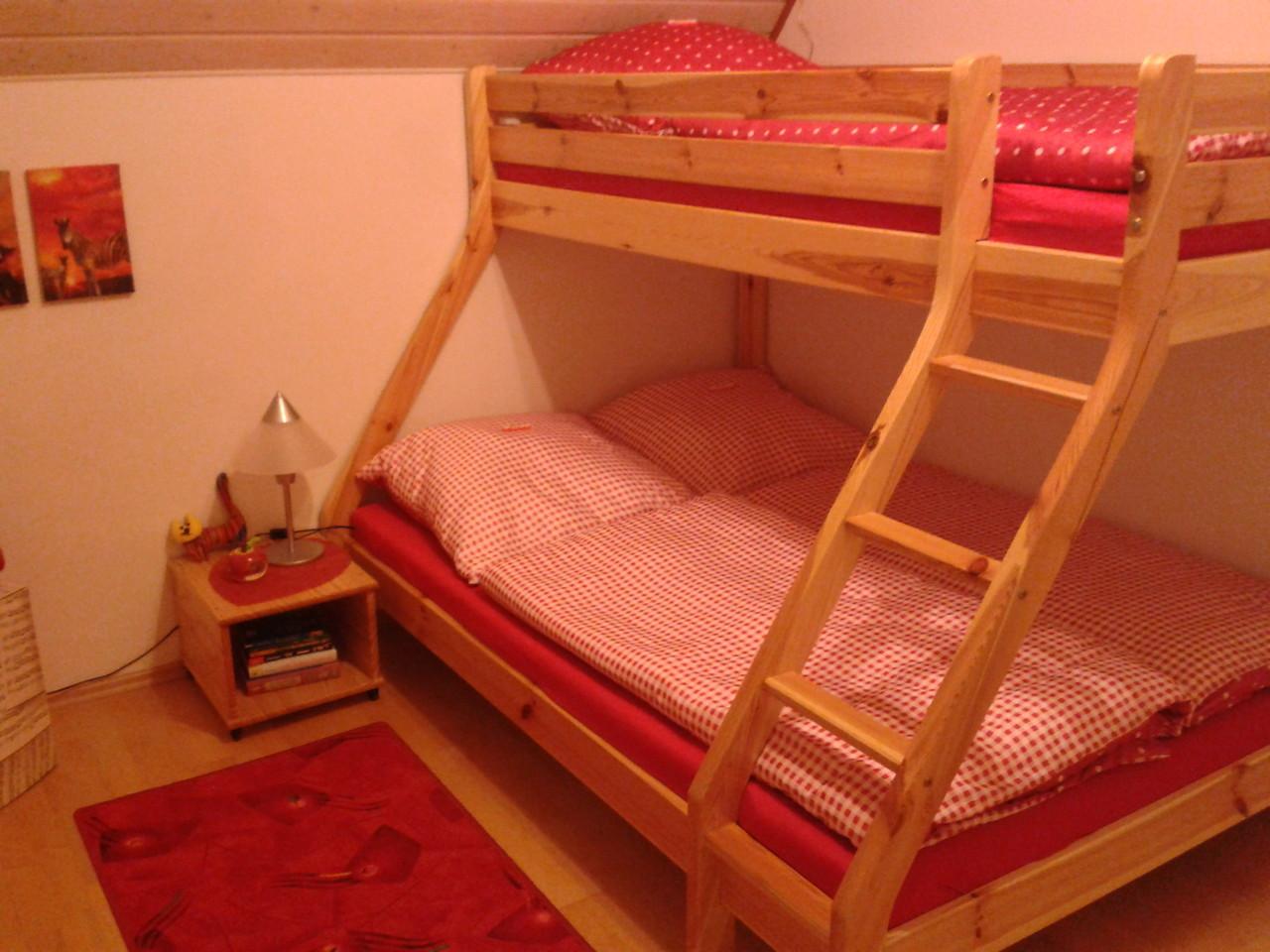 Stockbett für bis zu 3 Personen im 2. Schlafzimmer