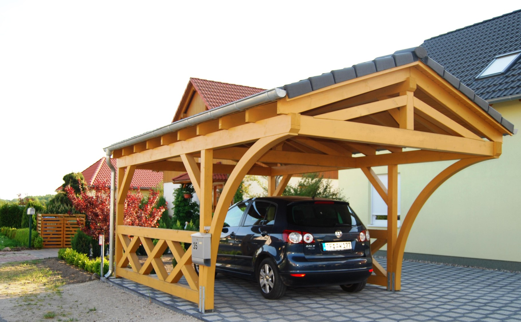 spitzdach carport nach ihren w nschen solarterrassen carportwerk gmbh. Black Bedroom Furniture Sets. Home Design Ideas