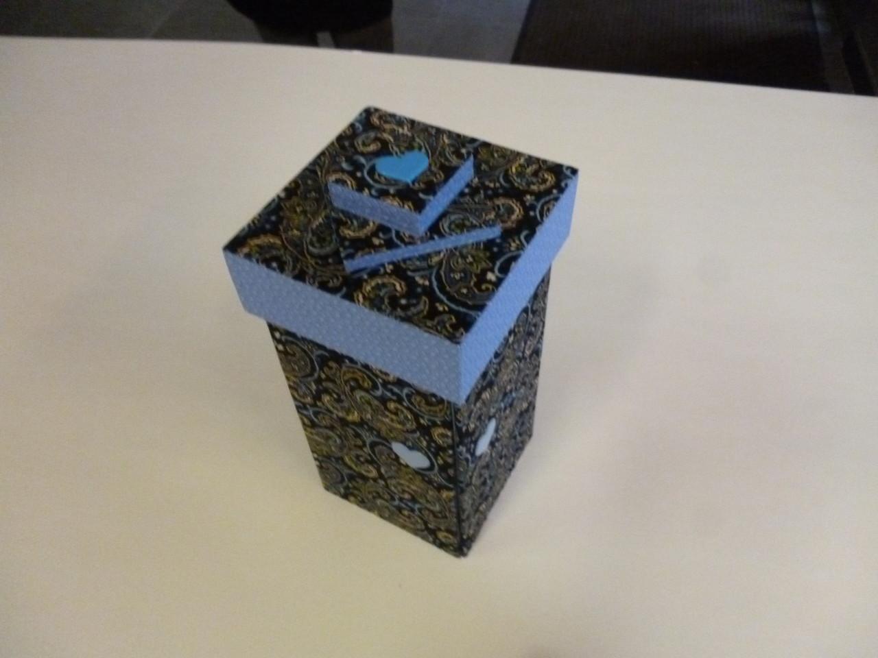 boite échelle de dominique