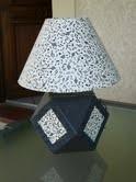 abat jour fait chez zodio de yveline et pied de lampe en cartonnage yveline
