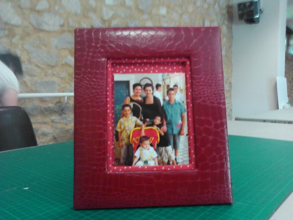 cadre photo en carton capitonné de marlène