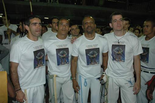Mestre Bocao, Mestre Railson, Mestre Mao Branca & Mestre Antonio Dias im Jahr 2005 bei der 2. Encontro Mundial de Capoeira do Grupo Capoeira Gerais