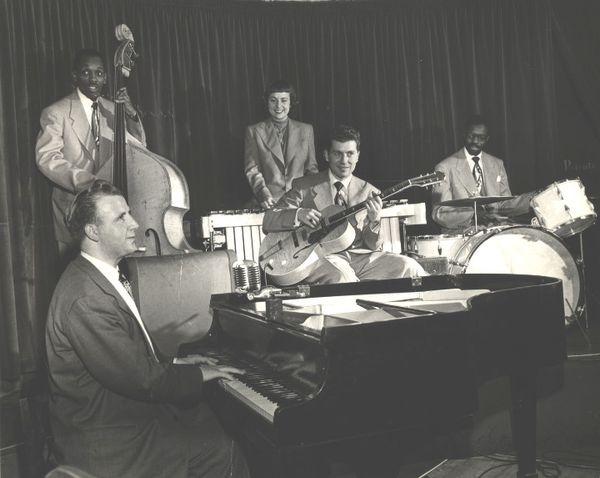 George Shearing Quintet-margie Hyams-mujeres en el jazz