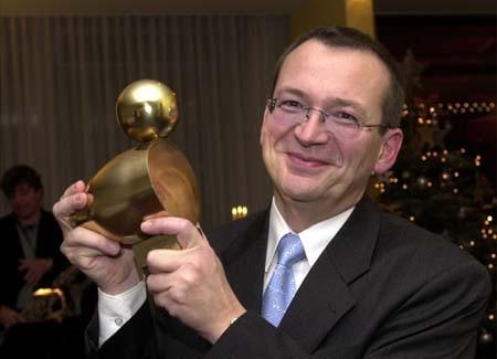 Preisträger Raimund Weyand und seine Goldene Ente