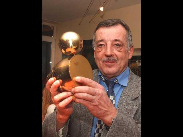 Ottmar Schreiner mit Goldener Ente