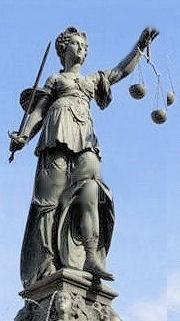 Dame Justice - Place Romerberg, Francfort, Allemagne
