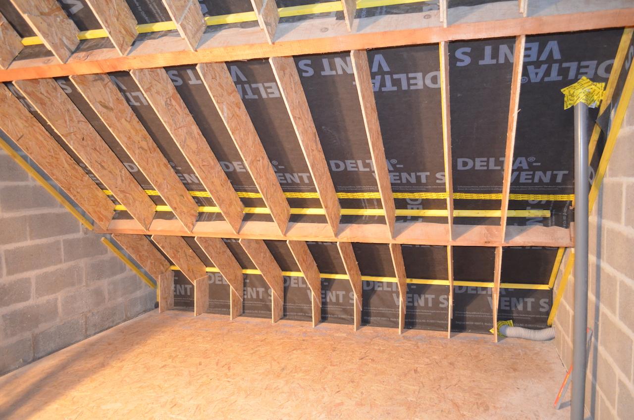 Fin de pose des rehausses de toit, y compris en pied de rampant
