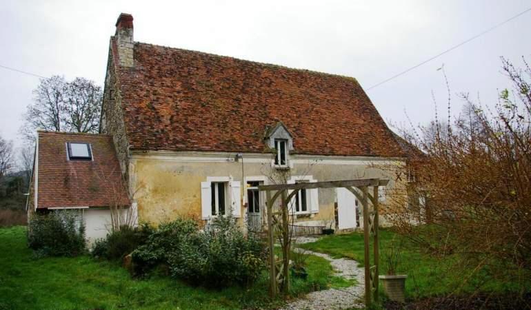 Plus tard, un crépi minéral à l'ancienne dont j'espère qu'il se patinera à l'identique de celui de cette maison