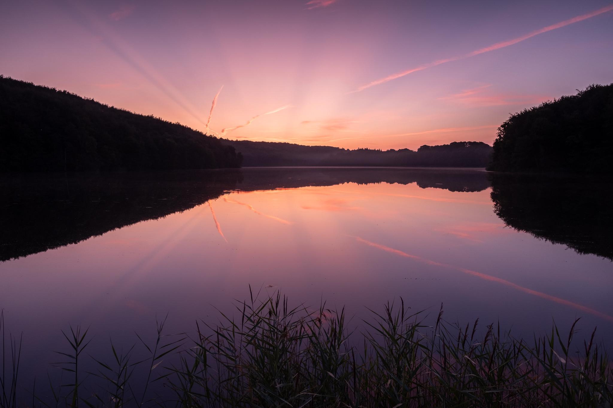 Und noch ein spektakulärer Sonnenaufgang am Ukleisee. Ich habe im August diesen bestimmten Ausblick mehrfach aufgesucht. Es ist einfach mein Lieblingsse.