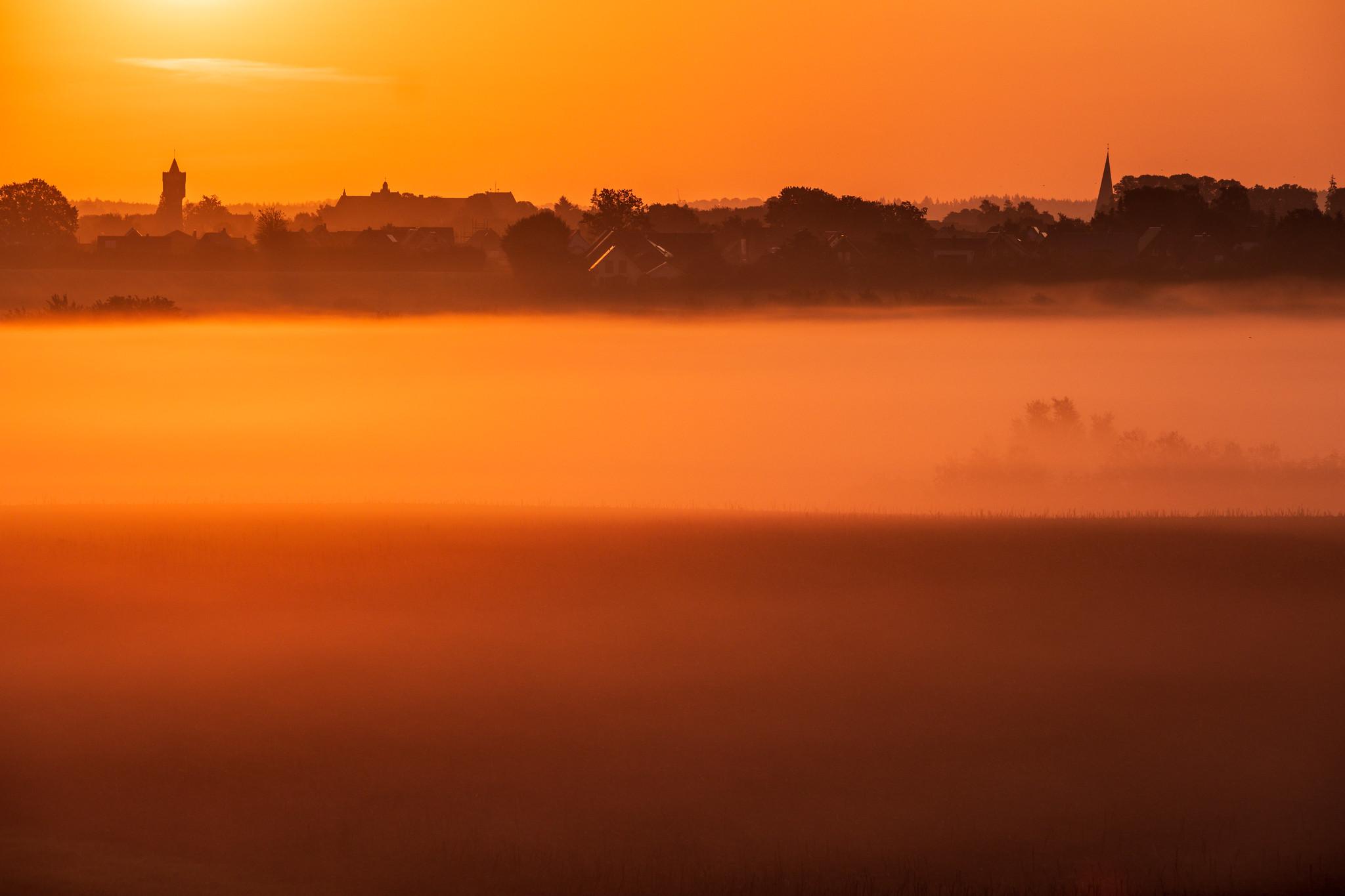 Sonnenaufgang über Eutin, Ostholstein