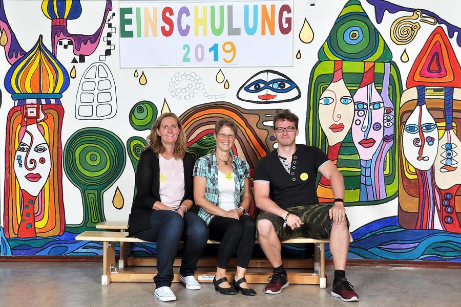 Die Schulassisteninnen und der Schulassistent im August 2019