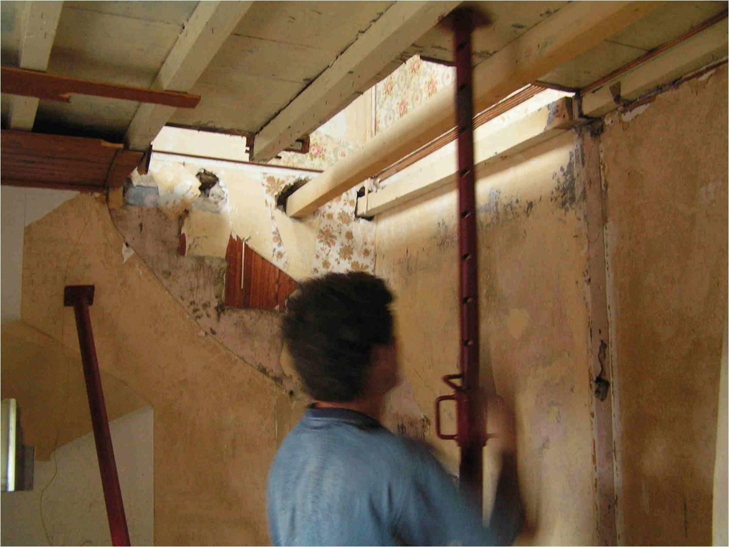 III-Rénovation de la salle à manger et mise en valeur des pierres  dans l'Ain (01)
