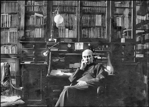 Mgr Joseph-Clovis-Kemner Laflamme (1910) (source: musée de la civilisation)