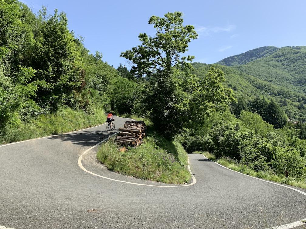 Berghuhn, Italien, Ligurien, Radreise, Radtour, Apennin, Specialized Diverge, Ortlieb, Revelate Designs, Gravelbike