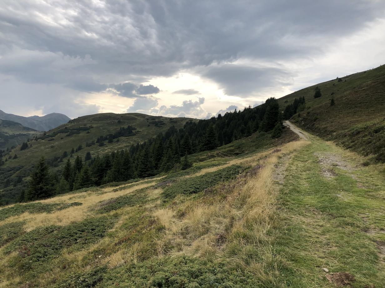 Auffahrt zur Brenner Grenzkammstraße