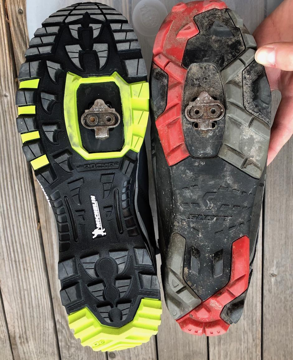 Die Schuhsohlen im Vergleich: die dickere Michelin-Sohle am NorthWave (links)