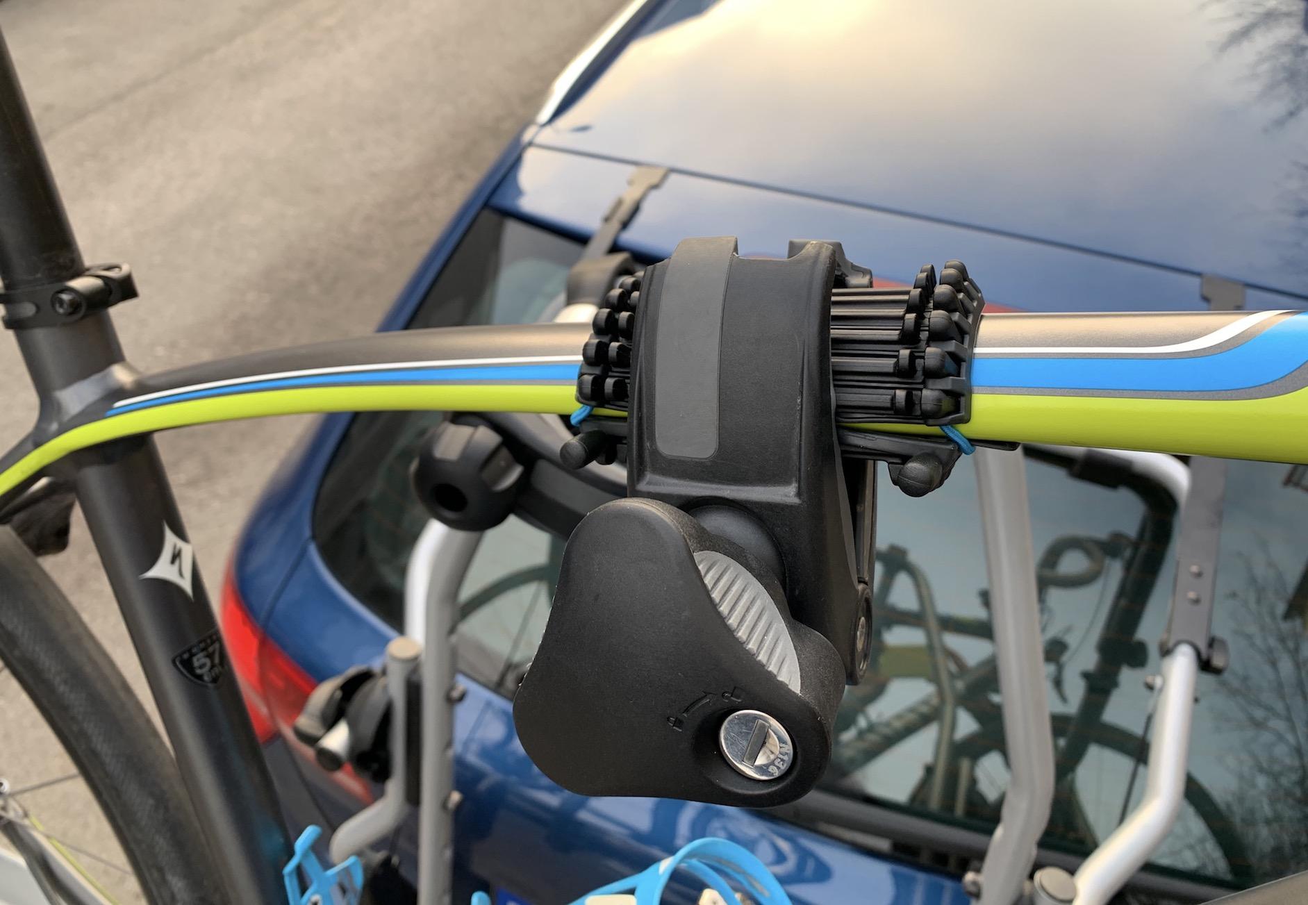 Thule Carbon Frame Protector und AcuTight Knob