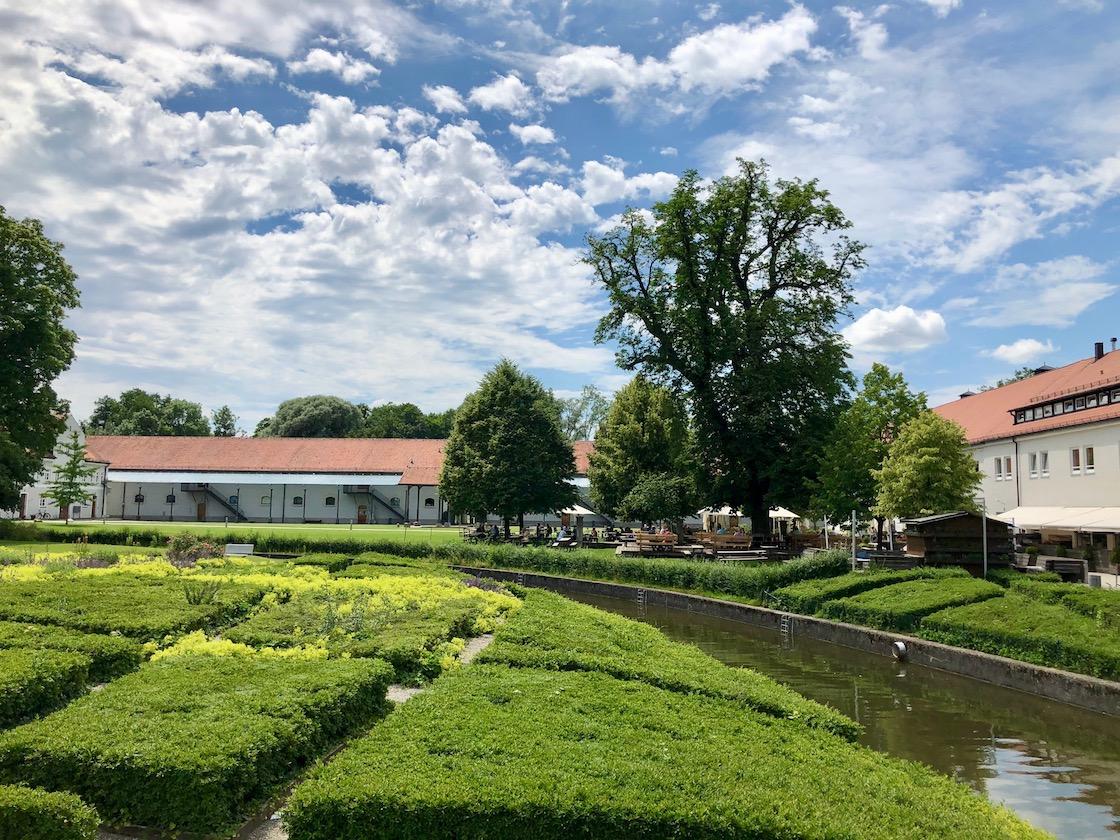 ruhige Oase im Klostergarten in Fürstenfeldbruck