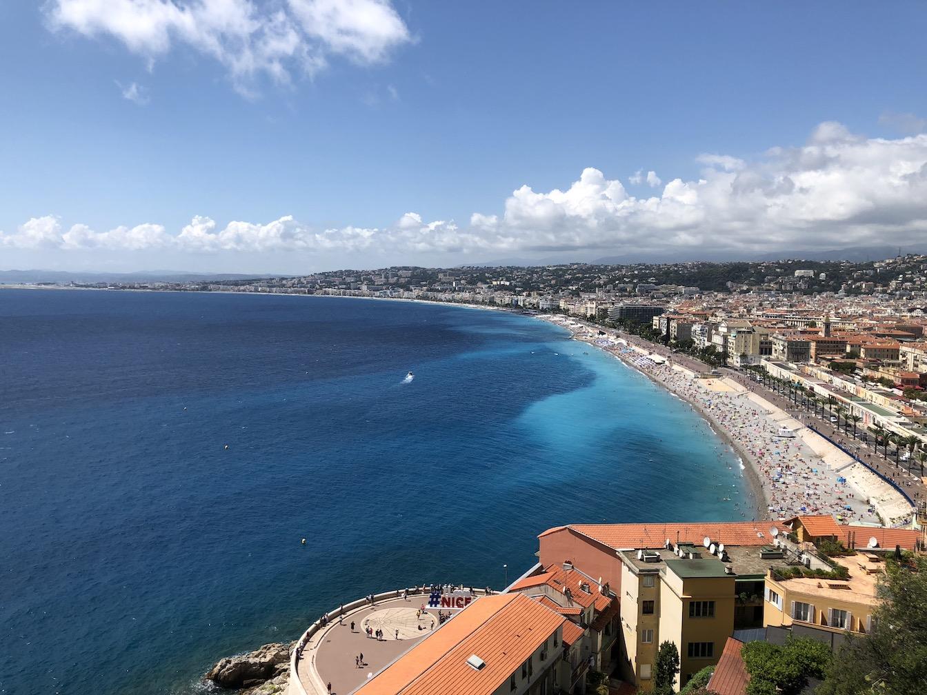 Blick über die Uferpromenade von Nizza