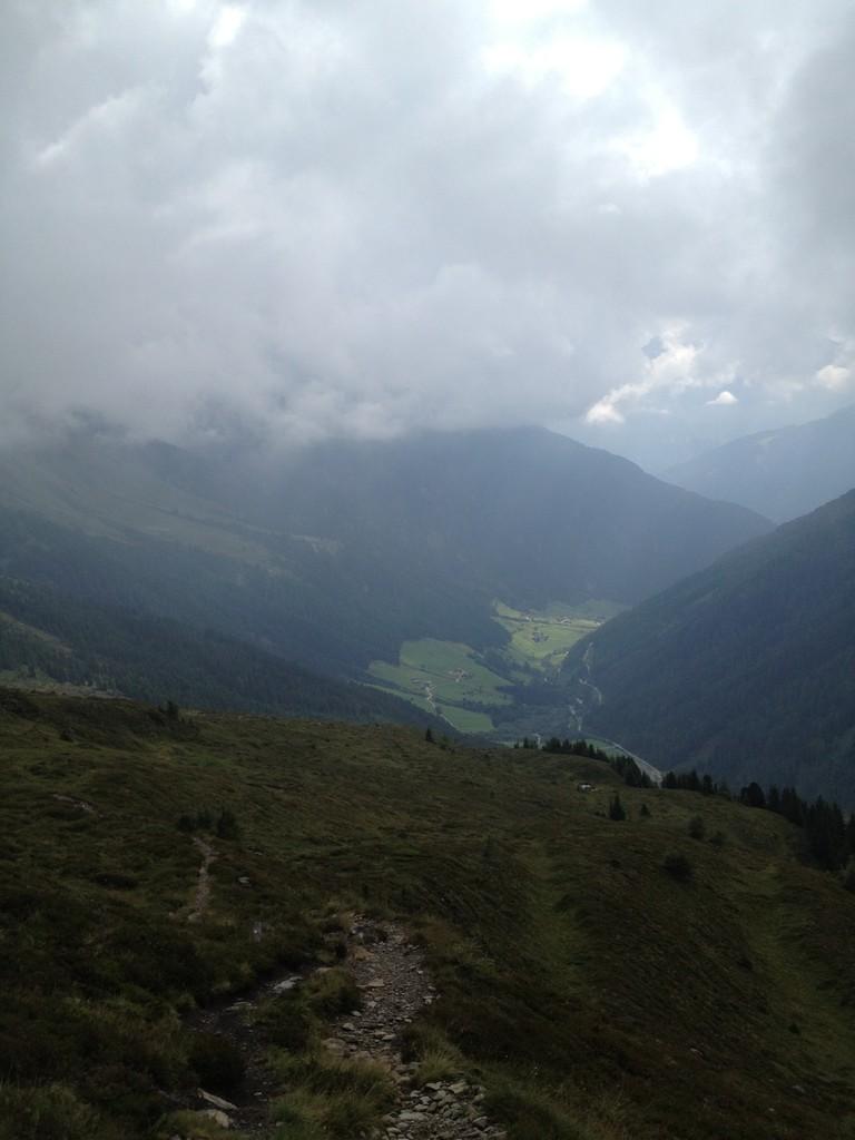 Blick ins Obernbergtal im Stubai- ebenfalls eine schöne Wandermöglichkeit für Familien