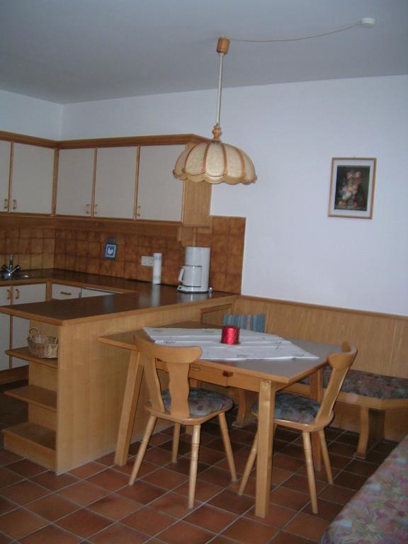 Wohnküche im Appartement Tirol