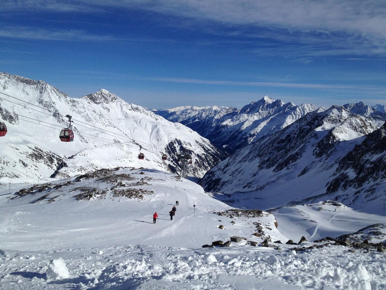 SkifahrerInnen Herzen schlagen am Stubaier Gletscher schneller