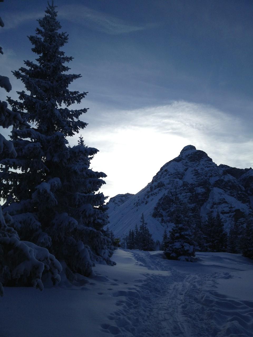 Waldraster Jöchl mit Schneeschuhen von Koppeneck und sogar vom Appartement Riedhof erreichbar