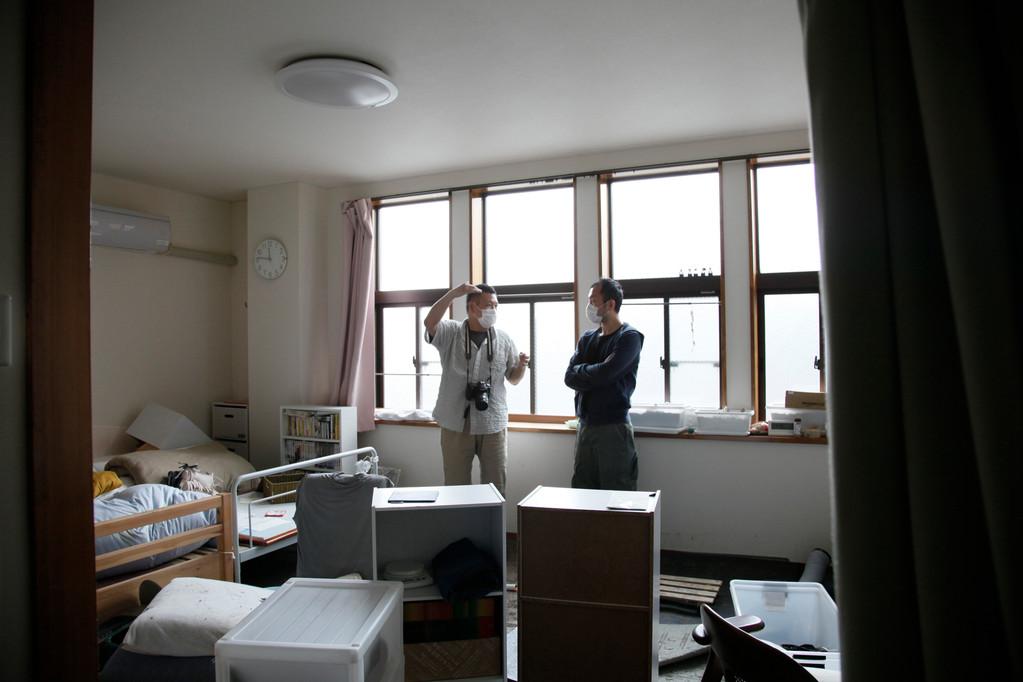きくちさん(写真左ご本人)ご自宅2階にて