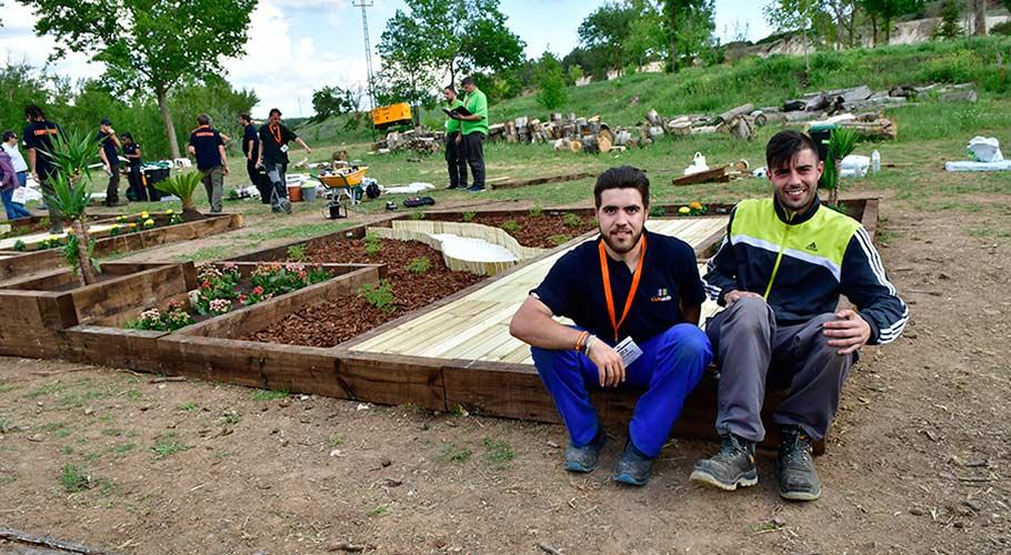 Estudiantes participantes en el CLM Skills - Jardinería Paisajística