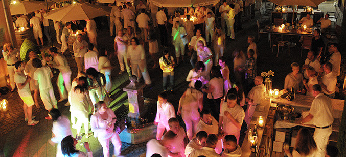"""... und die Party ging ab: Gute Stimmung bei unserer """"White Sensation Night""""!"""