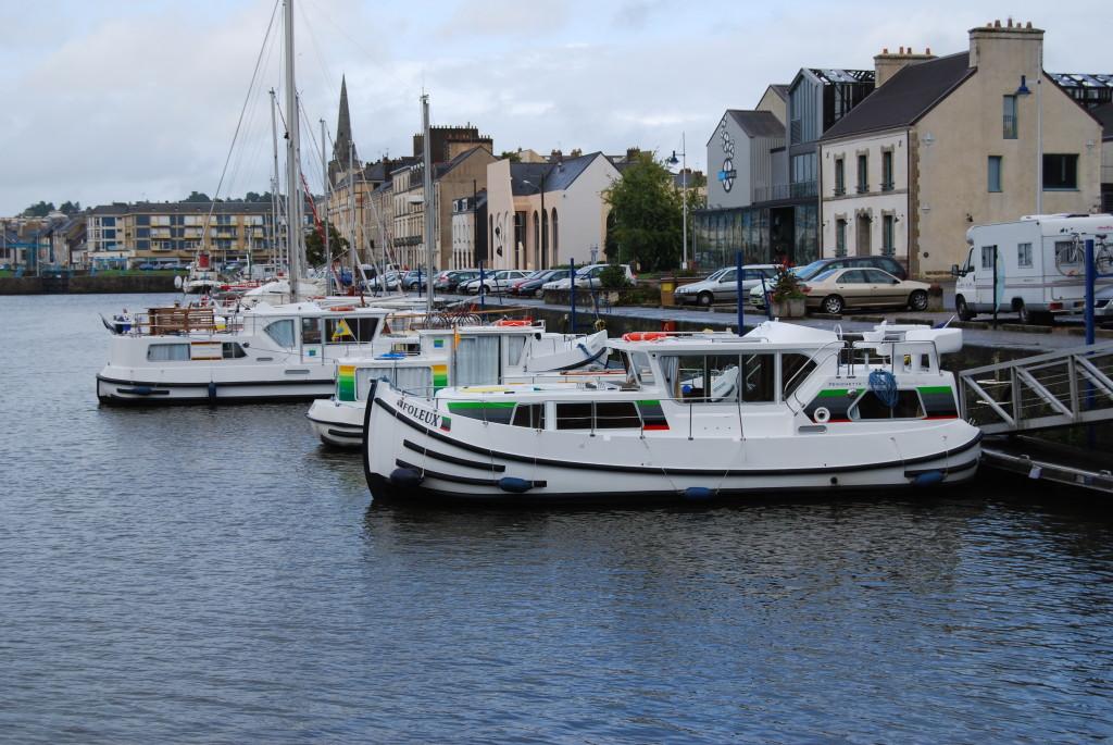 Unsere P 1020 FB im Hafen von Redon