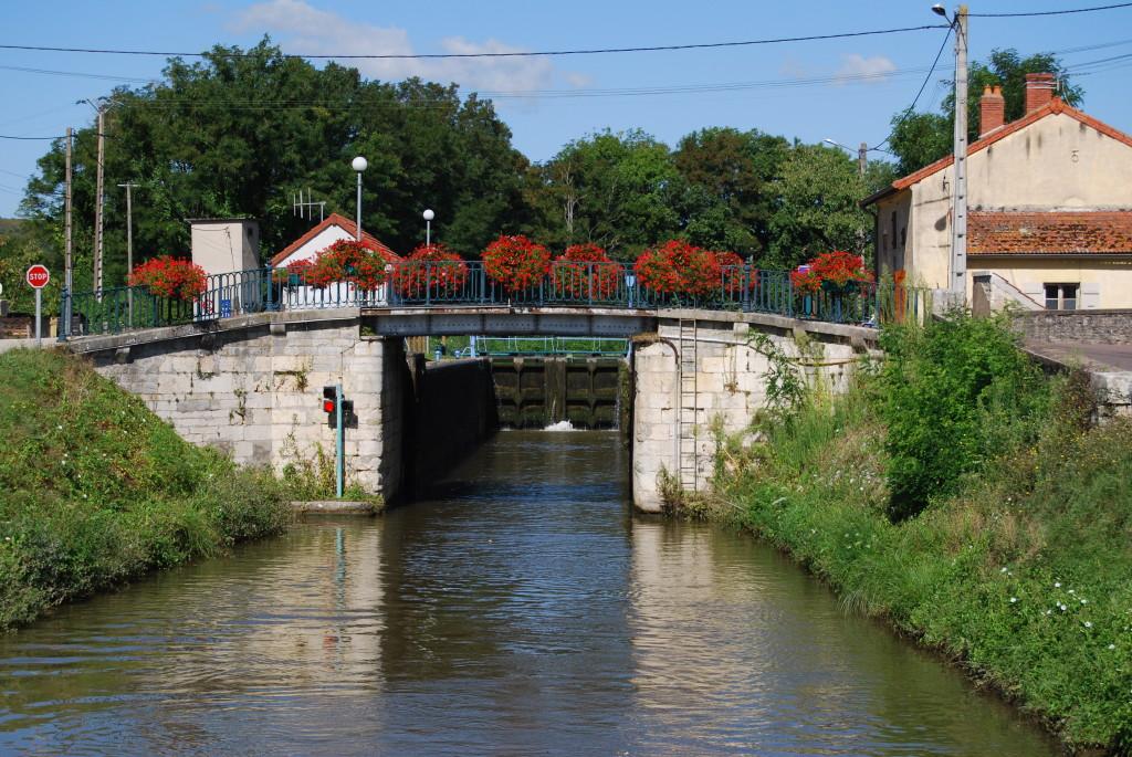 Canal du Centre Ecluse 25